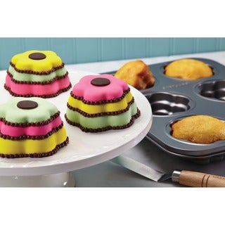 Cake Boss Novelty Grey Nonstick Bakeware 6-Cup Flower Cakelette Pan