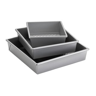 Cake Boss Professional Nonstick Bakeware 3-piece Silver Square Cake Pan Set