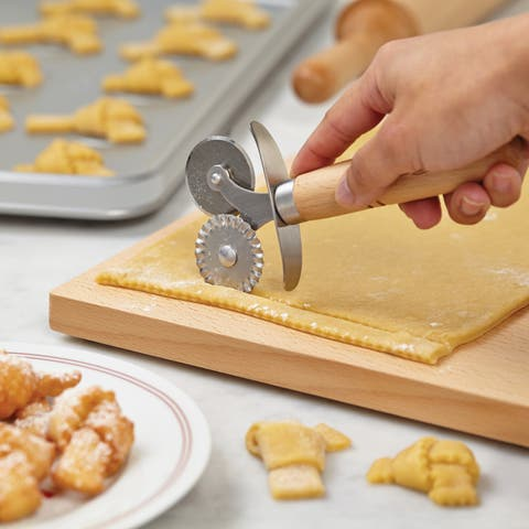 Cake Boss Wooden Tools and Gadgets Stainless Steel Double Pastry Wheel