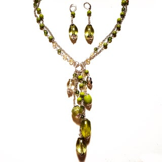 Pavcus Designs Peridot Acrylic Necklace and Earring Set
