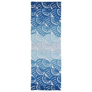 Indoor/Outdoor Luau Blue Seashell Rug (2' x 6')