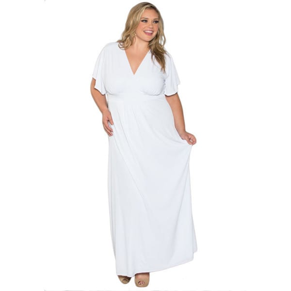 Shop Sealed With a Kiss Women\'s Plus Size White Short Sleeve Maxi ...