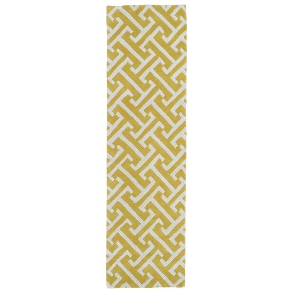 "Cosmopolitan Yellow/Ivory Hand-tufted Wool Rug (2'3 x 8') - 2'3"" x 8'"