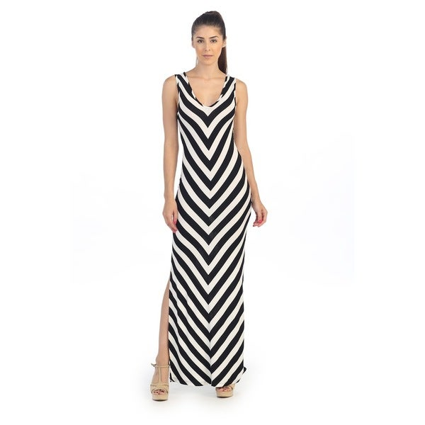 Hadari Women's Black/ White Chevron Cut-out Maxi Dress