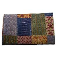 Handmade Patchwork Kantha Bedspread (India)