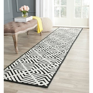 Safavieh Hand-hooked Newport Black/ White Cotton Rug (3'9 x 5'9)