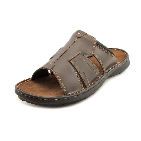 de95b06665222 Shop Clarks Men's 'Swing Around' Leather Sandals - Free Shipping ...
