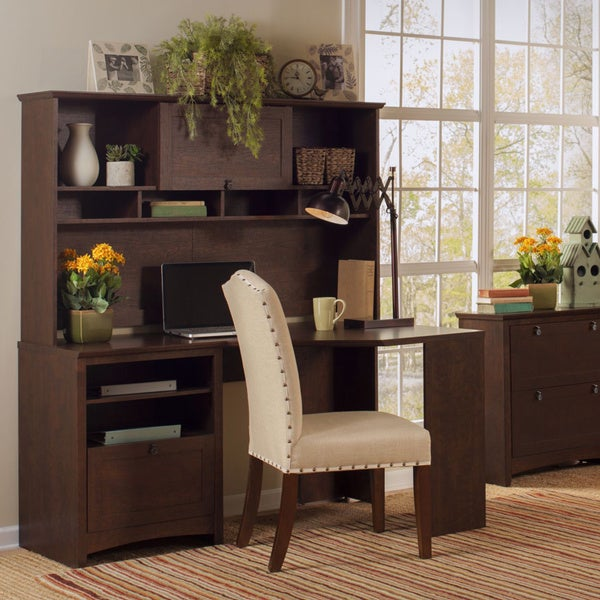 Buena Vista Madison Cherry Corner Desk With Hutch And