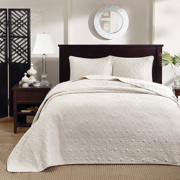 Madison Park Mansfield 3 Piece King Size Oversized Bedspread Set In Ivory As Is