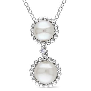 M by Miadora Sterling Silver Freshwater Pearl and Diamond Accent Necklace (5.5-7 mm)