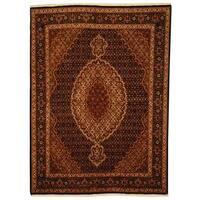 Herat Oriental Persian Hand-knotted Tabriz Wool and Silk Rug (5' x 6'8) - 5' x 6'8