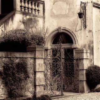 Alan Blaustein 'Volterra, Toscana' Gallery Wrapped Canvas Art