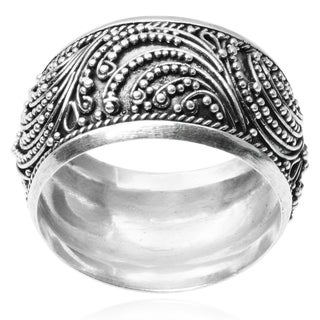 Journee Collection Sterling Silver Bali Design Band (11 MM)
