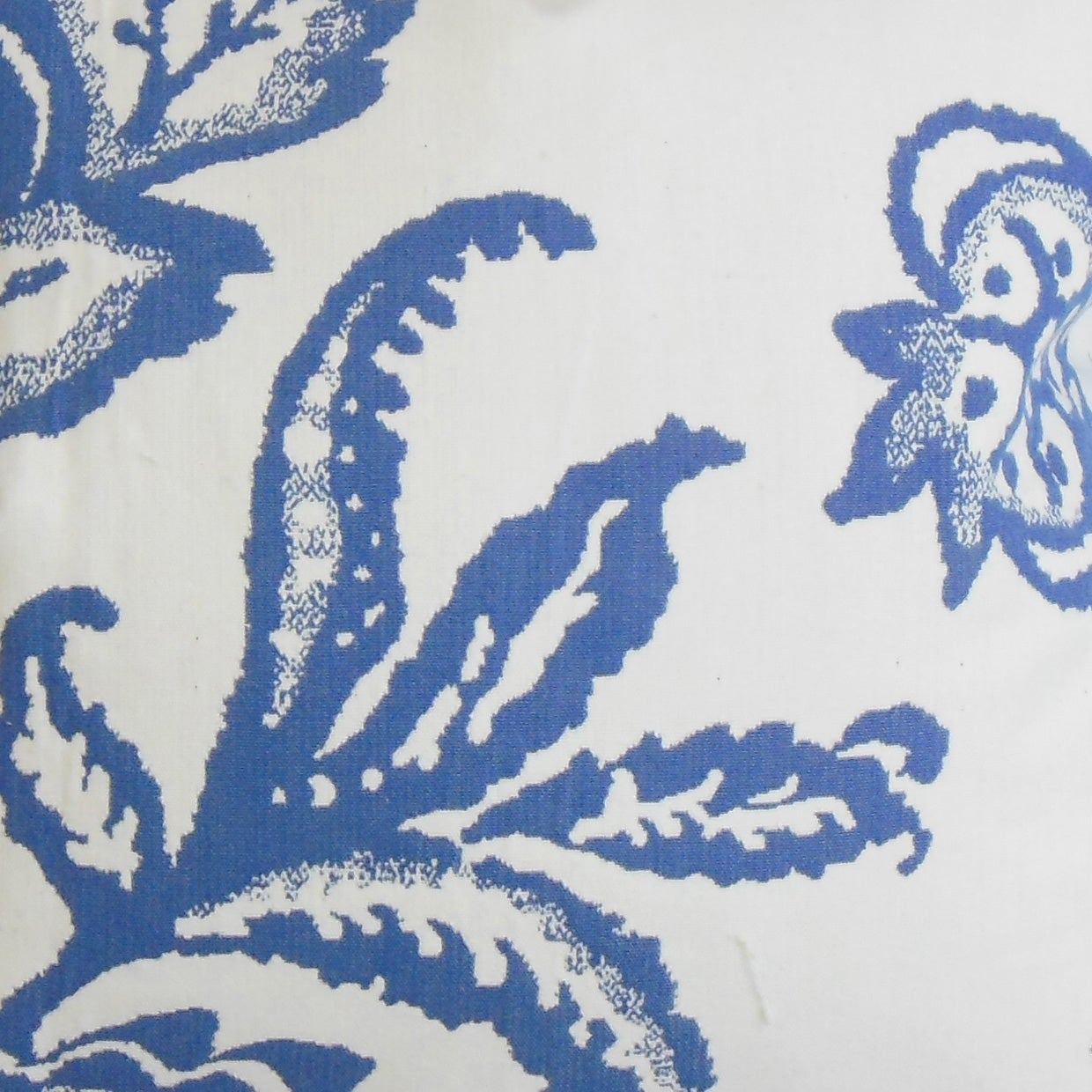 Galen Floral Blue Feather Filled 18 Inch Throw Pillow Overstock 9096012