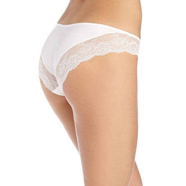 XL//8 Peach Lace Maidenform Comfort Devotion Lace TANGA Panty