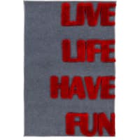 Pepper Hand-woven Live Laugh Shag Area Rug - 4' x 6'