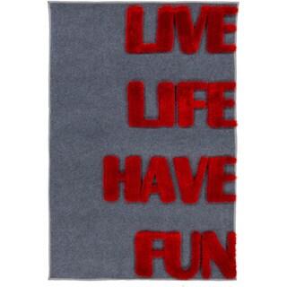 Pepper Hand-woven Live Laugh Shag Area Rug - 4' x 6'
