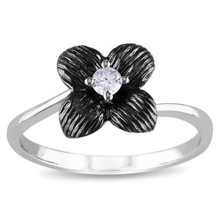 Miadora 10k White Gold 1/10ct TDW Diamond Flower Ring (G-H, I1-I2)