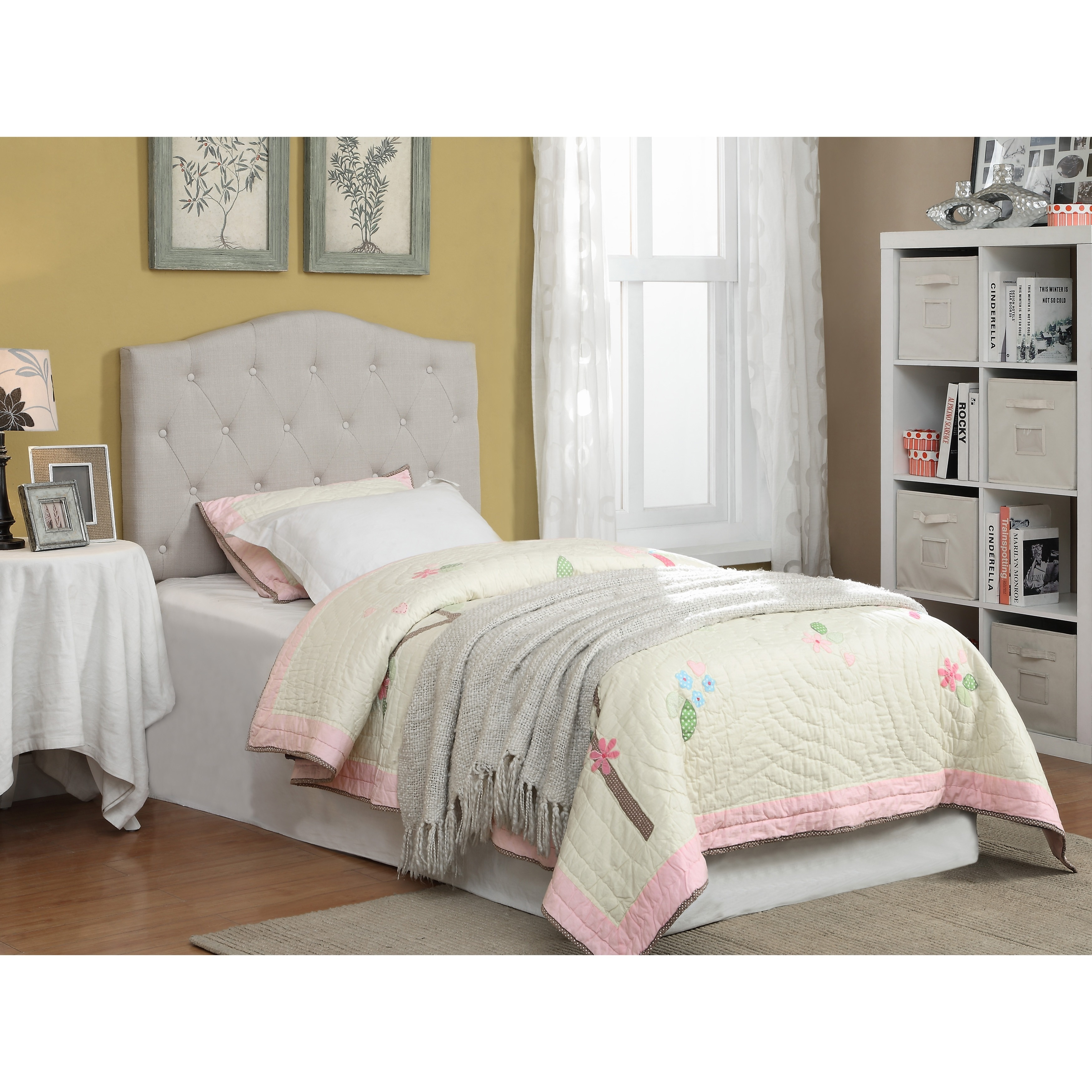 Furniture Of America Tiffie Flax Fabric Upholstered Tufted Headboard