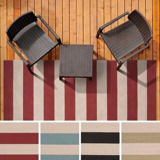 Hand-hooked Mandy Striped Casual Indoor/ Outdoor Area Rug - 3' x 5'