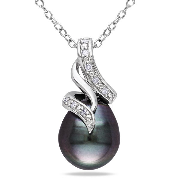 Miadora Sterling Silver Tahitian Pearl and Diamond Twist Drop Necklace (9-9.5 mm)