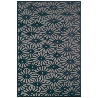 Grand Bazaar Viscose Laois Area Rug in Gray/ Charcoal (5'3 x 7'6)