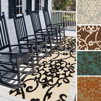 Hand-Hooked Kiera Transitional Floral Indoor/ Outdoor Area Rug