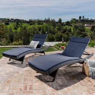 Toscana Outdoor Cushioned Wicker Chaise Lounge by Christopher Knight Home (Set of 2)