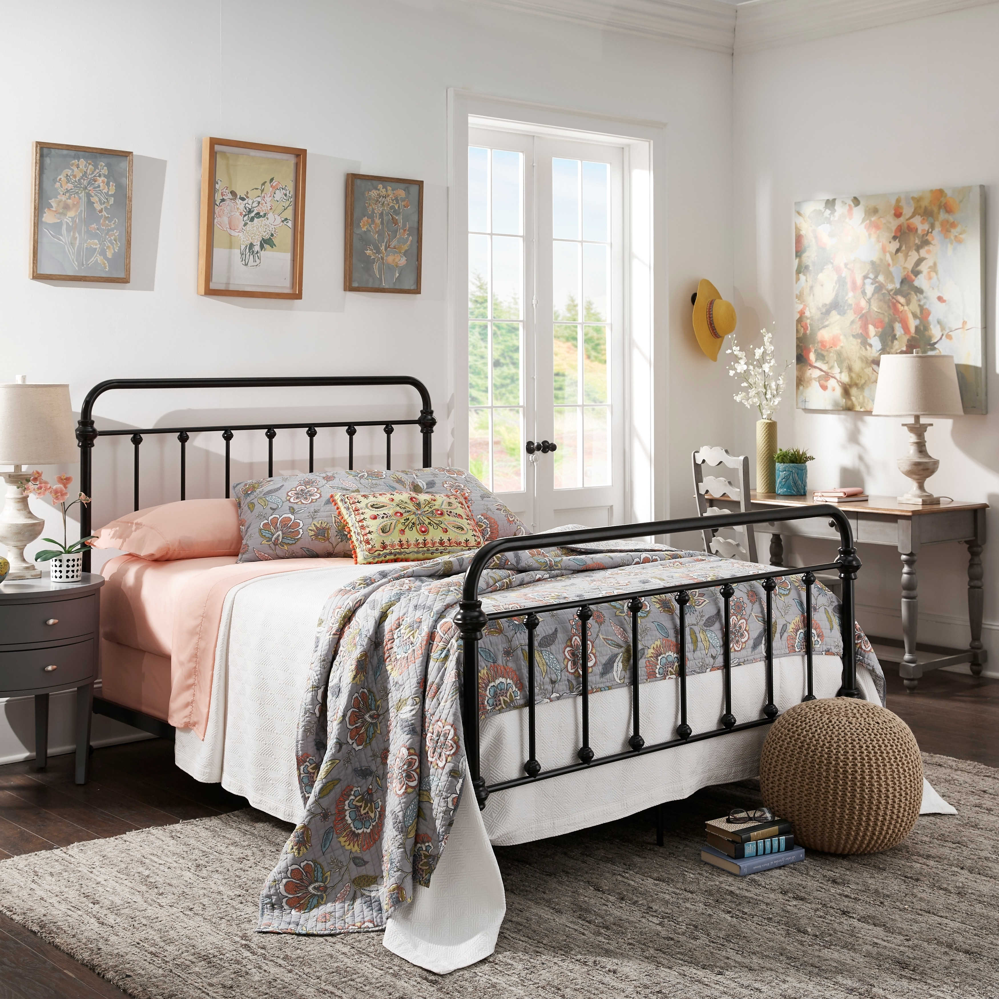. Giselle Graceful Lines Victorian Iron Metal Bed by iNSPIRE Q Classic