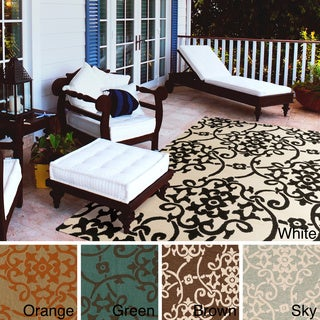 Hand-Hooked Kiera Transitional Floral Indoor/ Outdoor Area Rug (5' x 8')