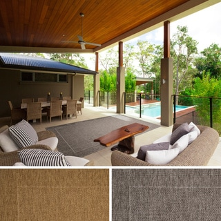 Meticulously Woven Mercedes Bordered Indoor/ Outdoor Area Rug (7'10 x 11'1)