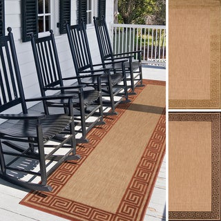 Meticulously Woven Megan Transitional Bordered Indoor/ Outdoor Area Rug (2'6 x 7'10)