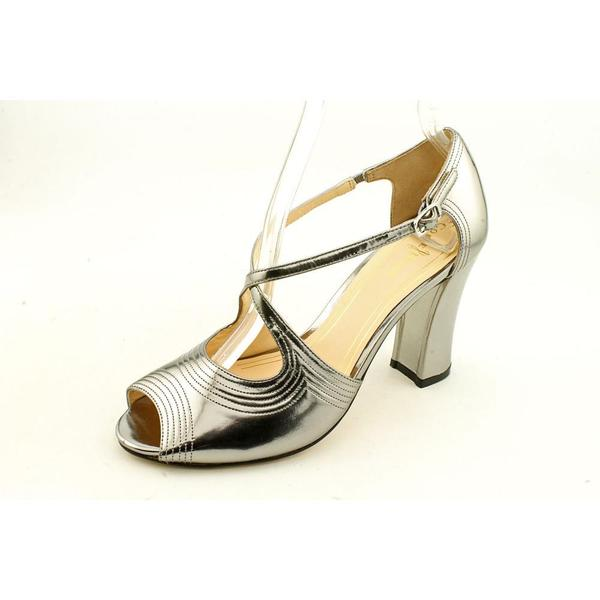 Elites by Walking Cradles Womens Madison Patent Leather