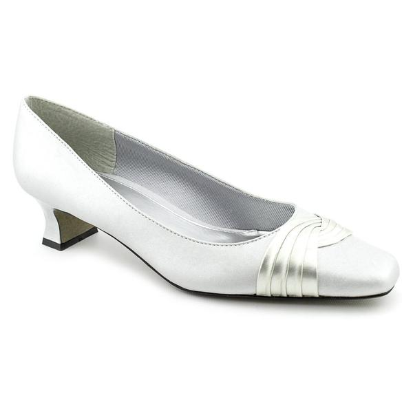 Women S Extra Wide Dress Shoe
