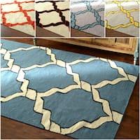 nuLOOM Flatweave Lattice Wool Gold Rug (7' 6x 9' 6) - 8' x 10'