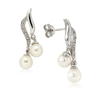 Pearlz Ocean White Freshwater Pearl and White Topaz Drop Earrings (5-6 mm)