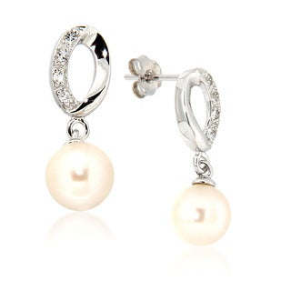 Pearlz Ocean White Freshwater Pearl and White Topaz Drop Earrings (7-8 mm)