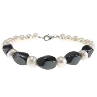 Pearlz Ocean Hematite and Freshwater Pearl Bracelet (7-8 mm)