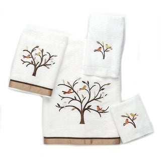 Avanti Friendly Gathering White Embellished 4-piece Towel Set