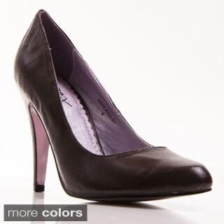 Gomax Women's 'Ashland 01' Patent Pointed-toe Pump