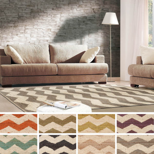 Hand-Woven Madeline Natural Jute Chevron Rug (2' x 3')