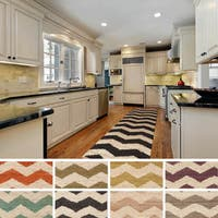Hand-Woven Tobey Natural Jute Chevron Rug (2'3 x 12')