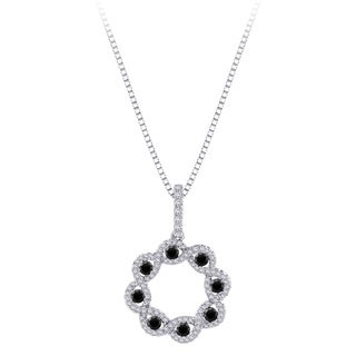 10k White Gold 1 1/10ct Black and White Diamond Floral Circle Necklace (G-H, I2-I3)