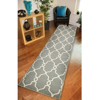 LNR Home Adana Grey Geometric Runner Rug (1'9 x 6'9)