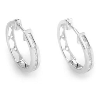 14k White Gold 1/5ct TDW Diamond Hoop Earrings