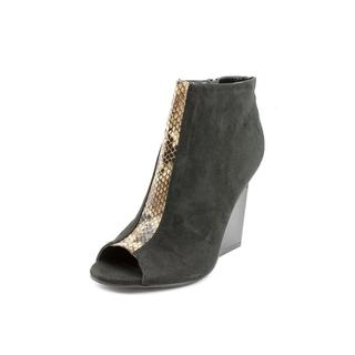 Famous Name Brand Women's 'Python' Regular Suede Dress Shoes