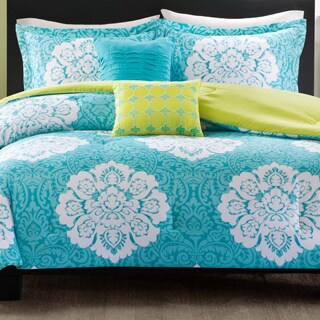Intelligent Design Liliana 5-piece Comforter Set with Two Decorative Pillows (2 options available)