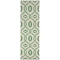 Safavieh Hand-woven Reversible Dhurries Ivory/ Green Wool Rug - 2'6 x 6'