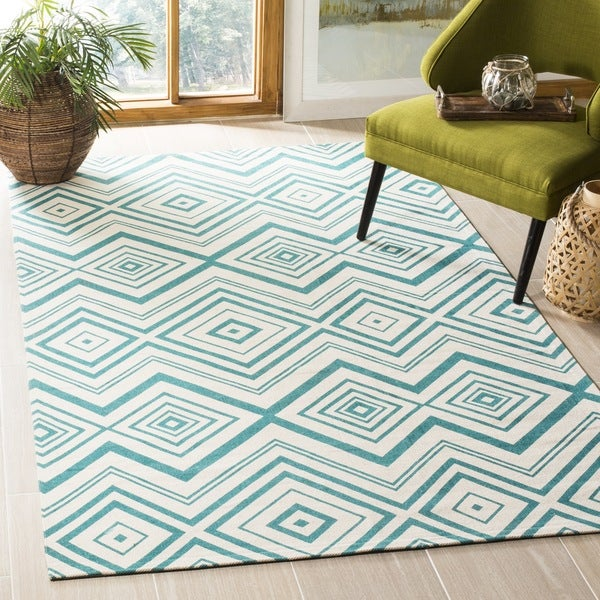 Safavieh Handmade Cedar Brook Ivory/ Light Teal Cotton Rug - 8' x 11'