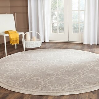 Safavieh Indoor/ Outdoor Amherst Light Grey/ Ivory Rug (5' Round)